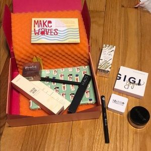 Other - June Ipsy Deluxe Box + Extras (10 items)